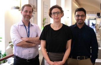 ictured left to right: Dr. Robert Kozak, Dr. Samira Mubareka, Dr. Arinjay Banerjee